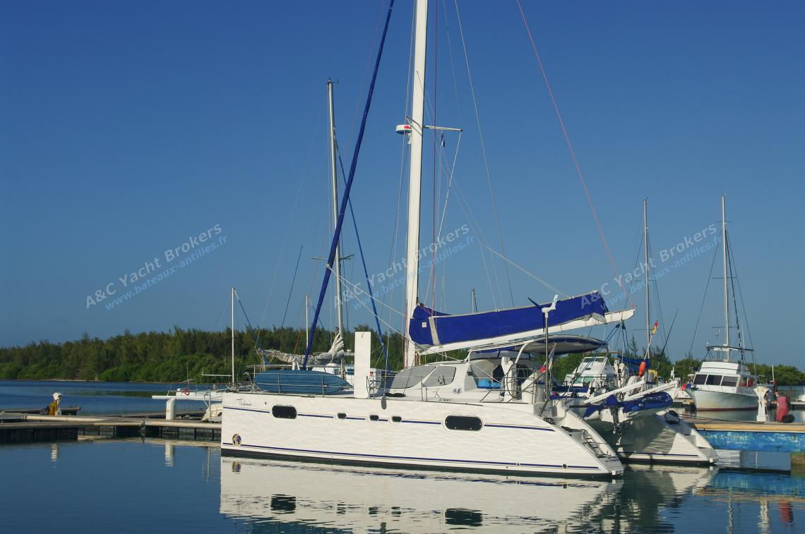Catana Catana 471 version propriétaire : En marina aux Antilles